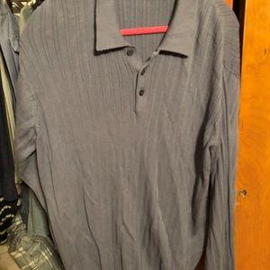 Mens Van Heusen knit shirt L